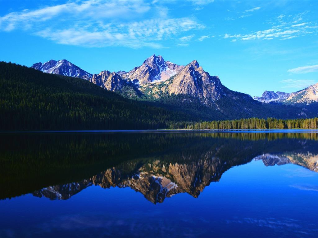 Photographies de stock de montagne bleue, lac reflet, paysage, vue ...
