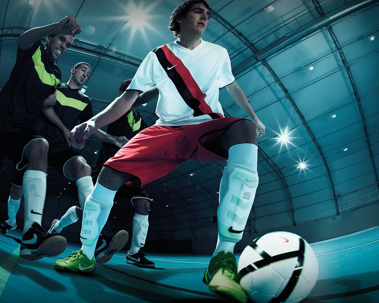 Futsal Wallpaper: NIKE 5 Futsal Nike Boots Wallpaper-1280x1024 Download