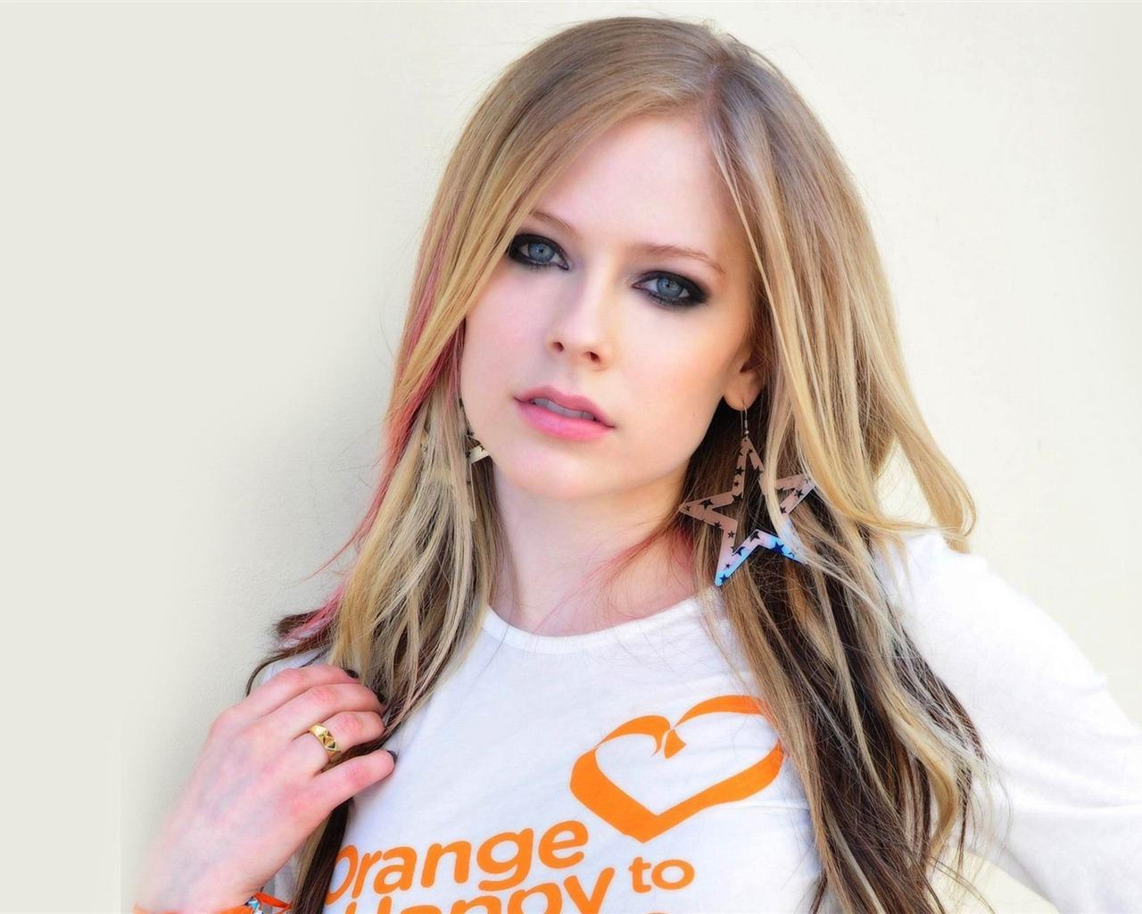 Avril Lavigne 2014