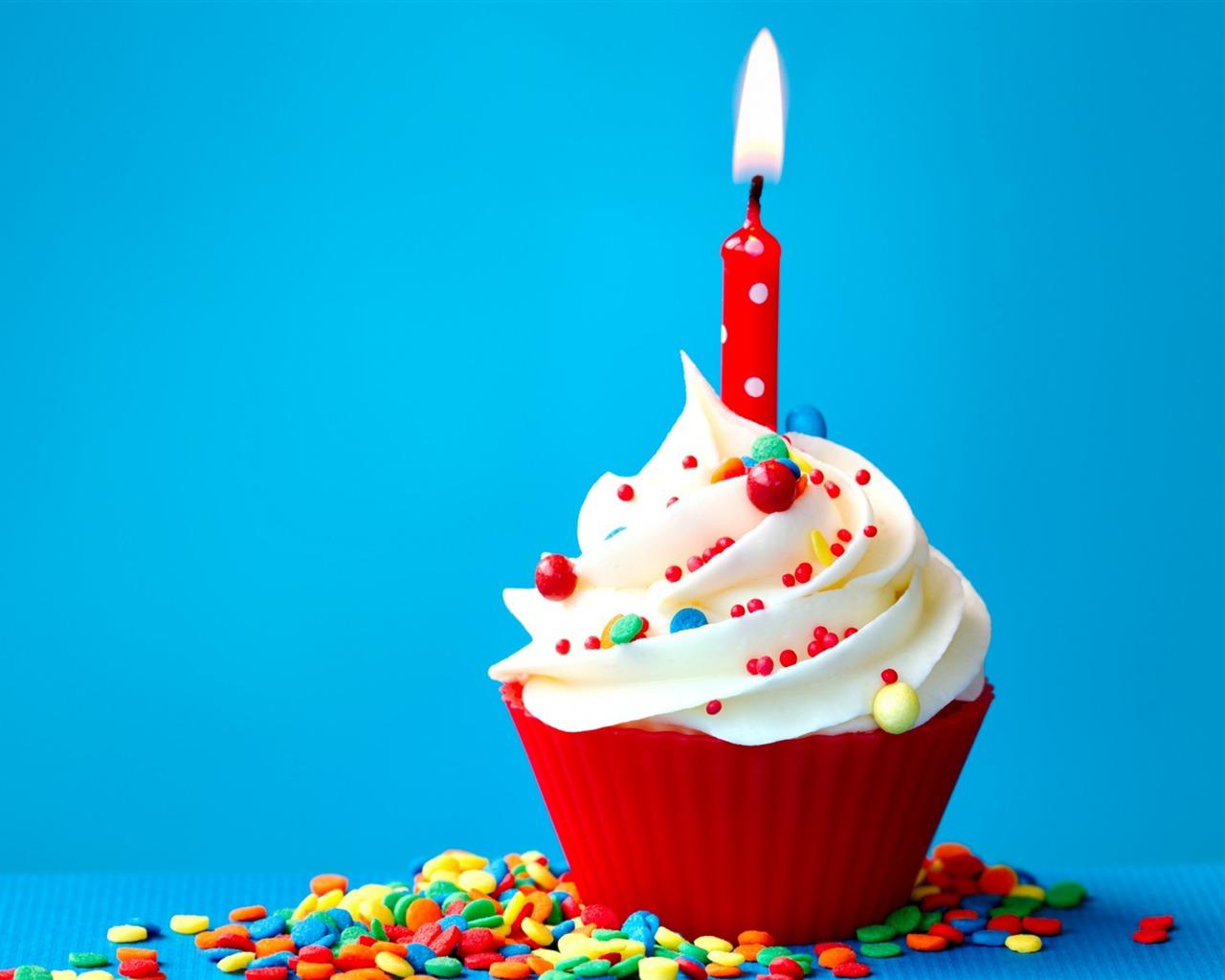 Le Gâteau D'anniversaire Douce-haute Qualité Fond D'écran