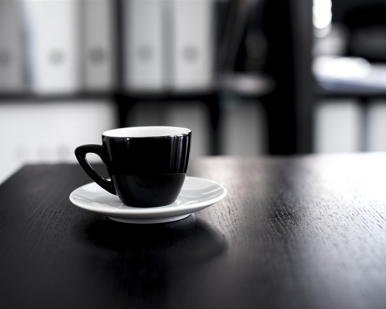 Negro, escritorio, café, blanco taza negra, primer plano Avance |  10wallpaper.com