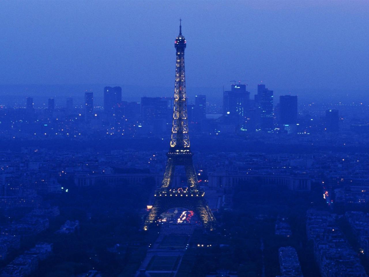 the eiffel tower a rich history essay