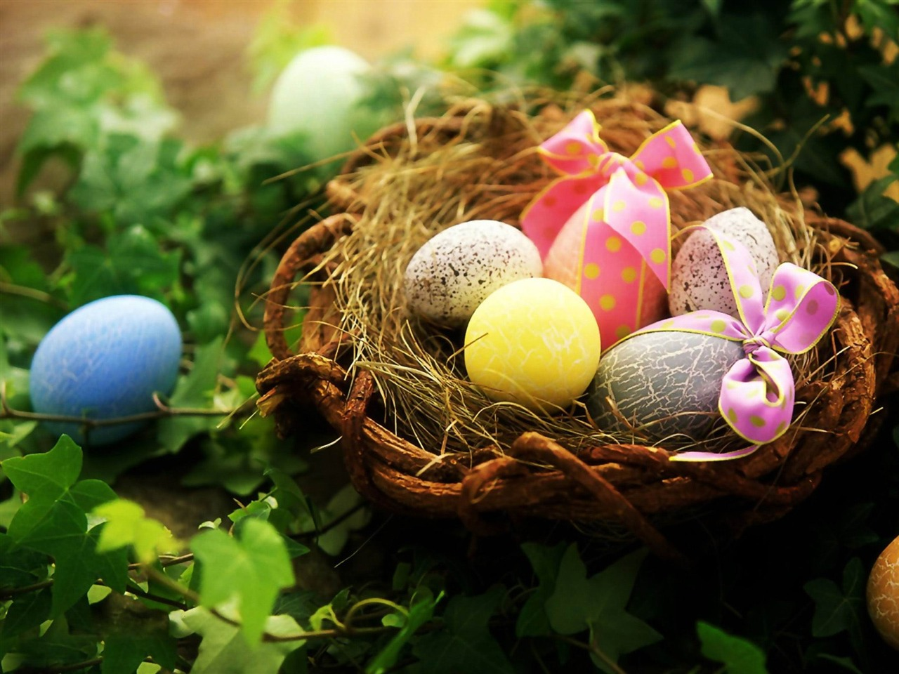 beautiful easter eggs background - photo #25