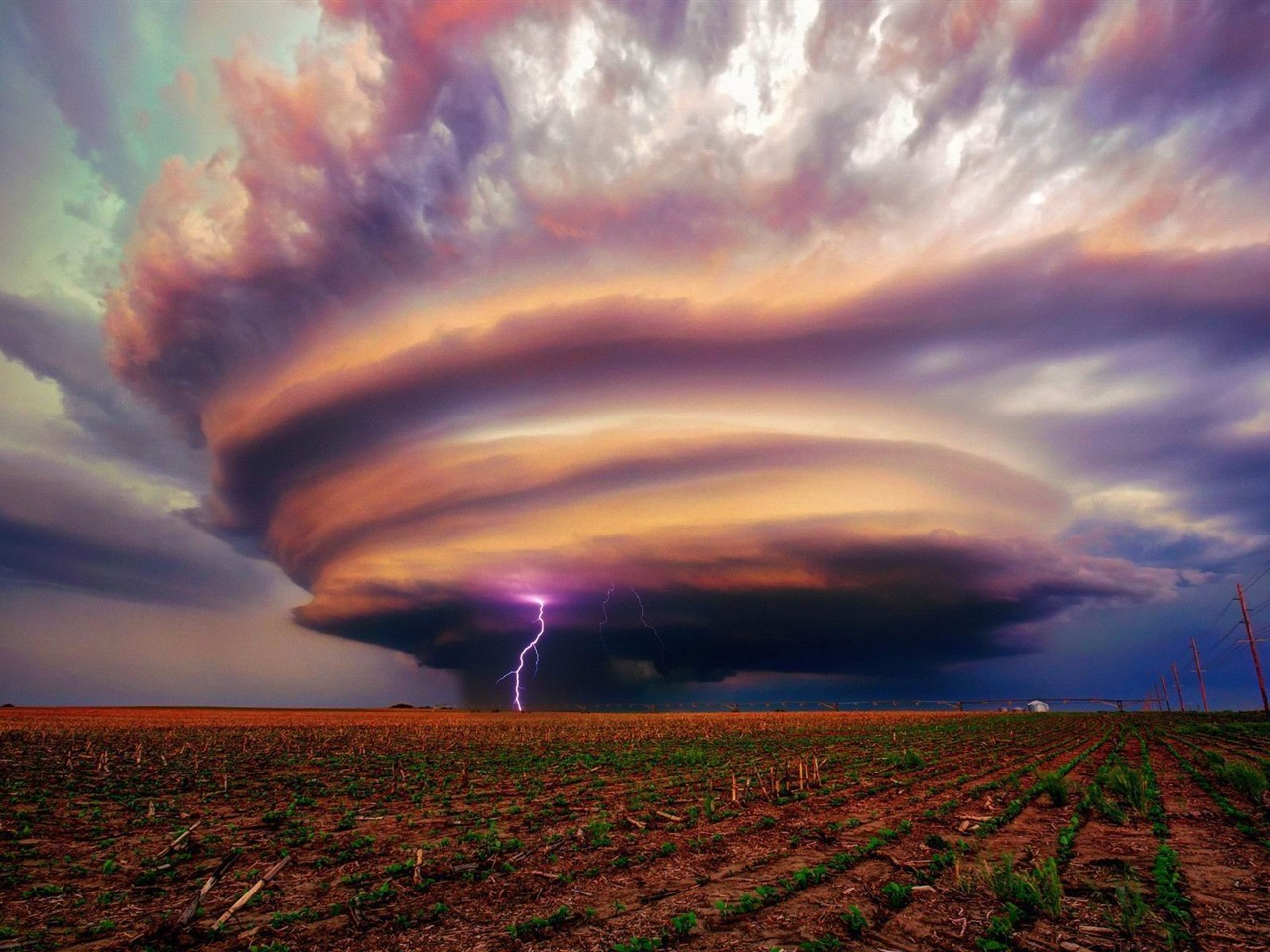 lightning in a tornado-Nature HD Wallpaper Preview ...