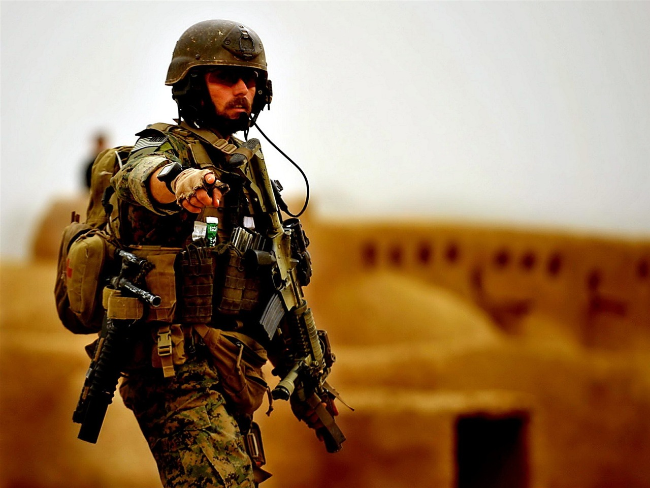 平和ミッション現代の軍事hdの壁紙プレビュー 10wallpaper Com