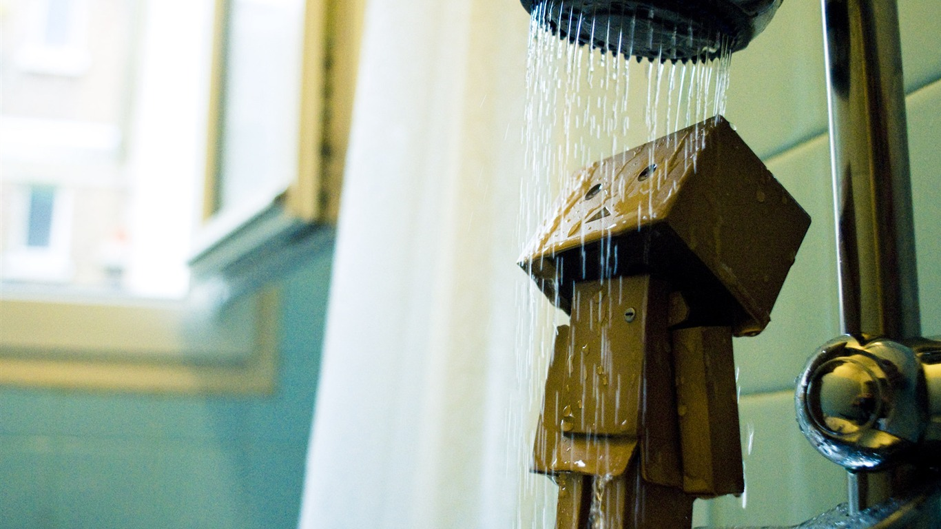 Danbo_in_Park_-_Danbo_Danboard_Wallpapers_212011.5.28