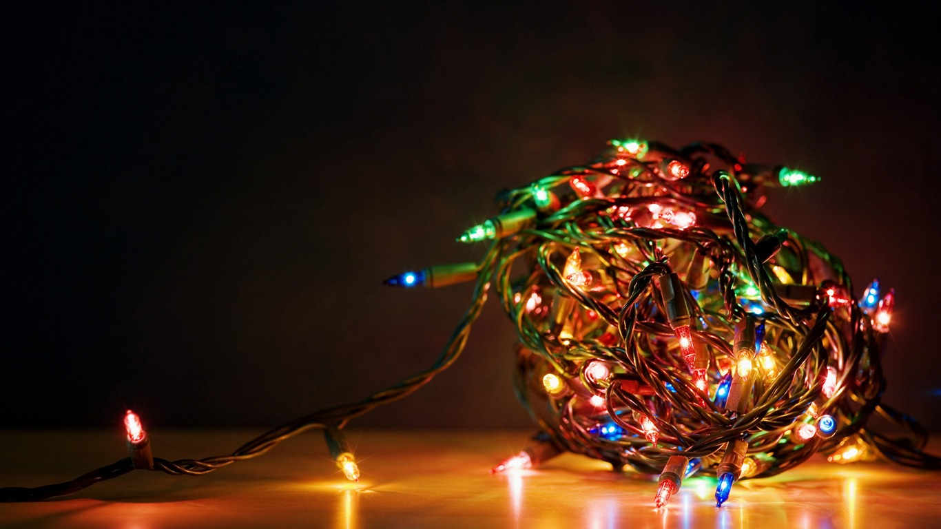 Tangle Of Christmas Lights Wallpaper Preview 10wallpaper Com