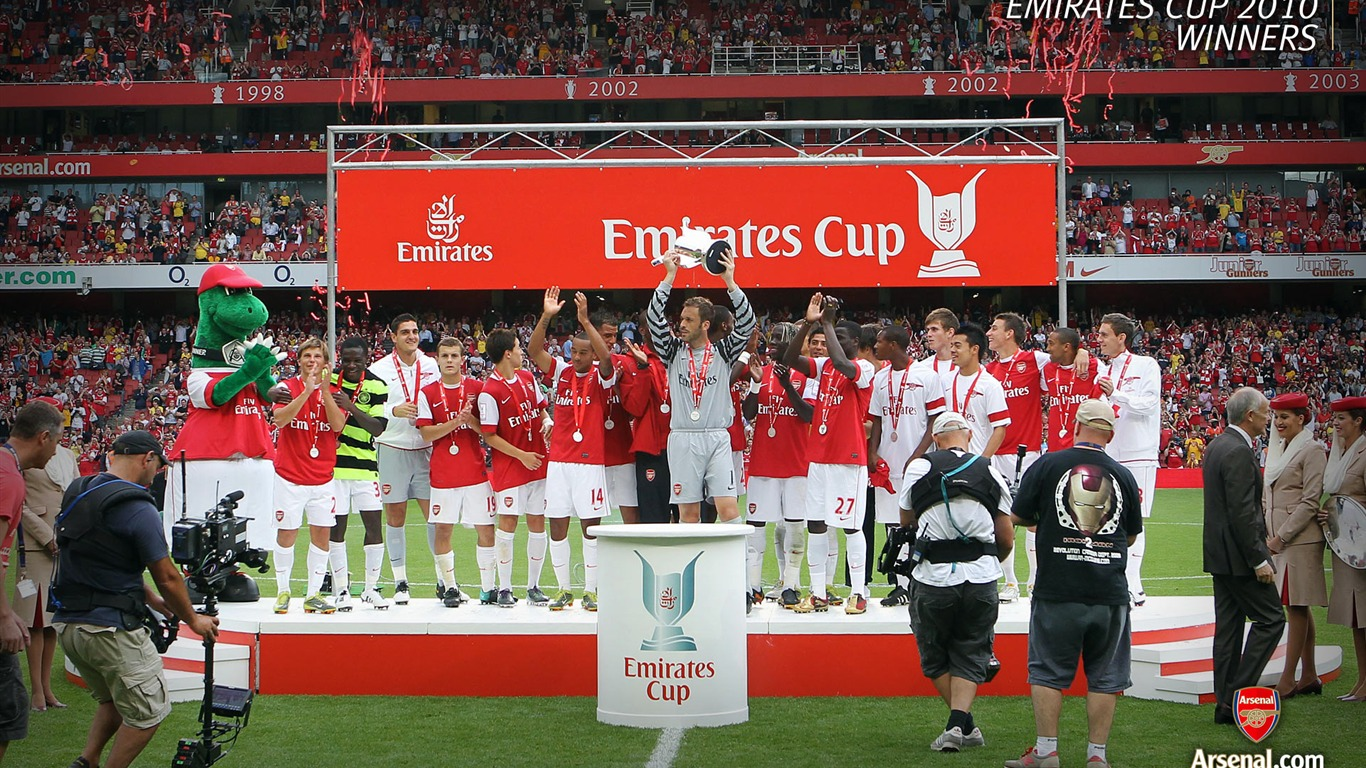 Emirates_Cup_2010_-_Winners_Wallpaper2011.7.11