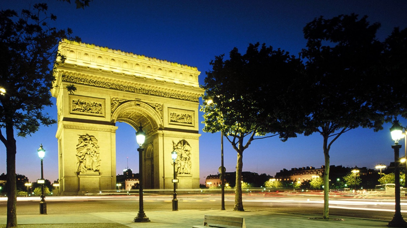 France-Arc_de_Triomphe_at_night_wallpaper2011.8.31