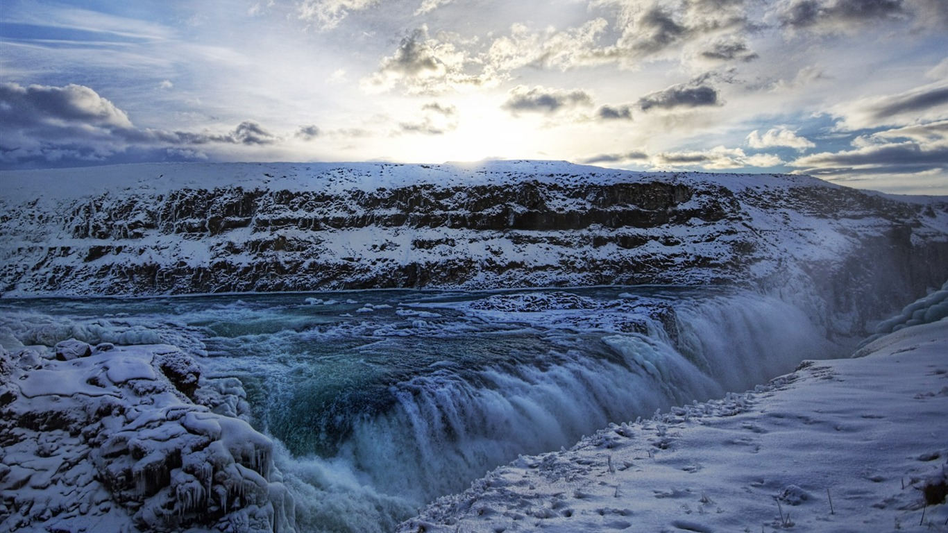 Iceland_largest_gold_waterfall_waterfall