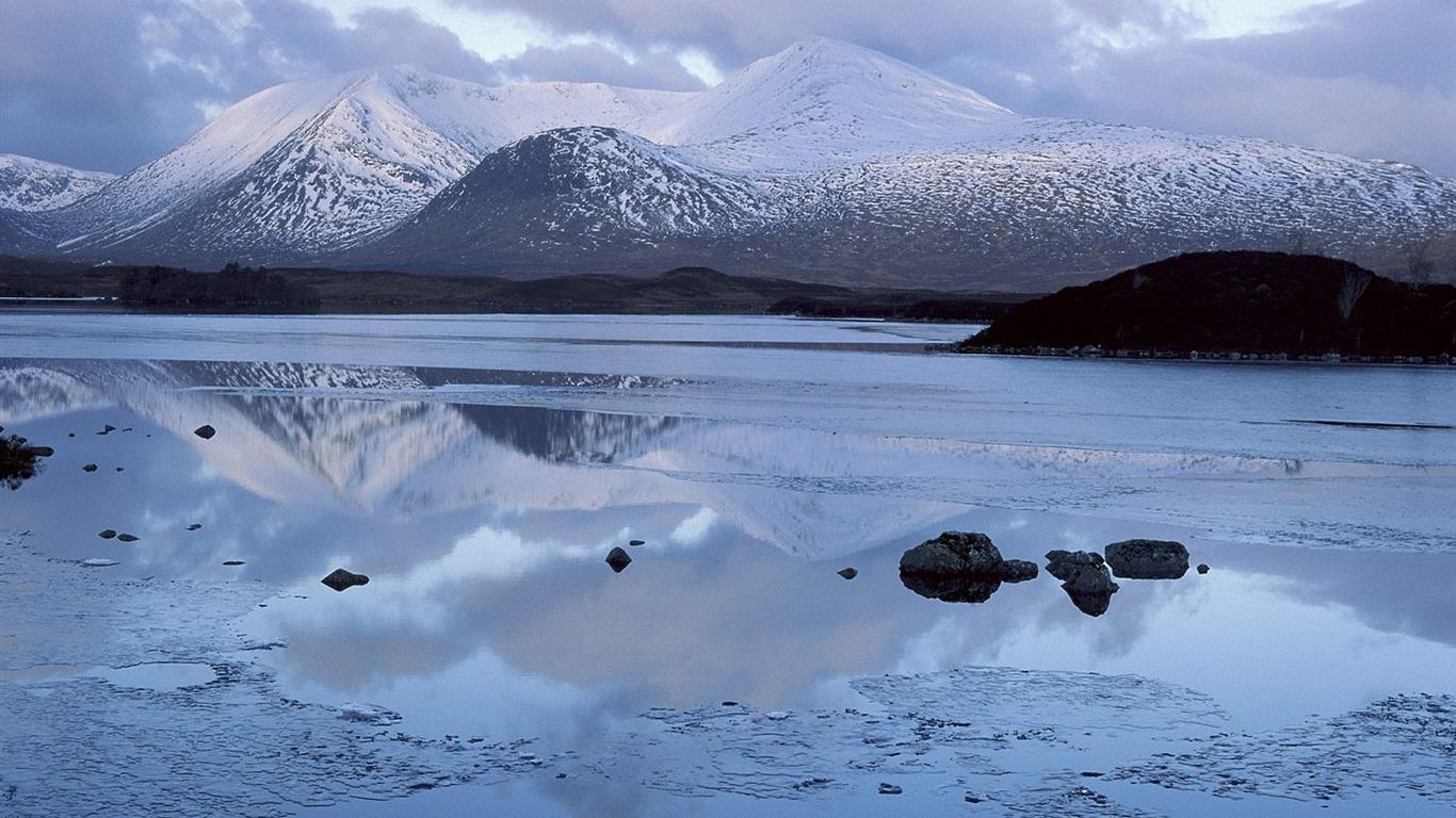 スコットランド Lan諾荒野湖の島の壁紙プレビュー 10wallpaper Com