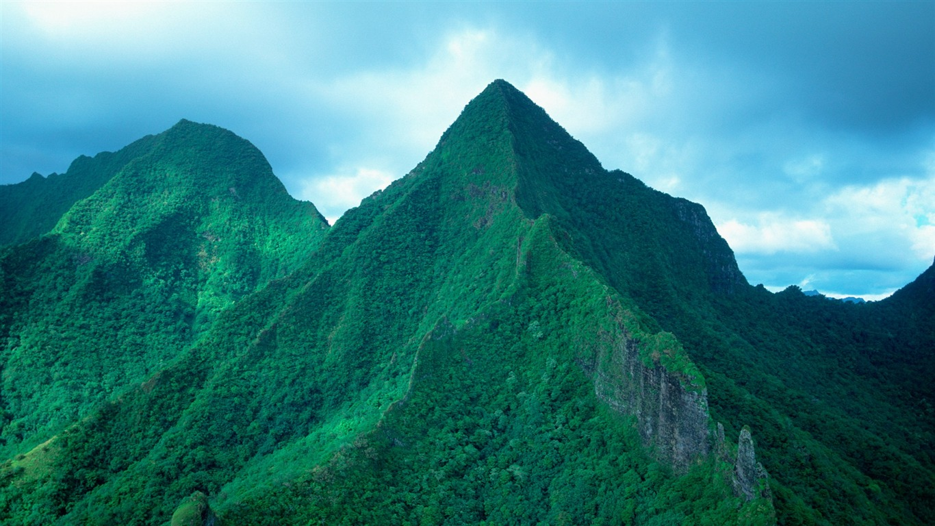 Tahiti_Green_Mountains_wallpaper2011.9.9
