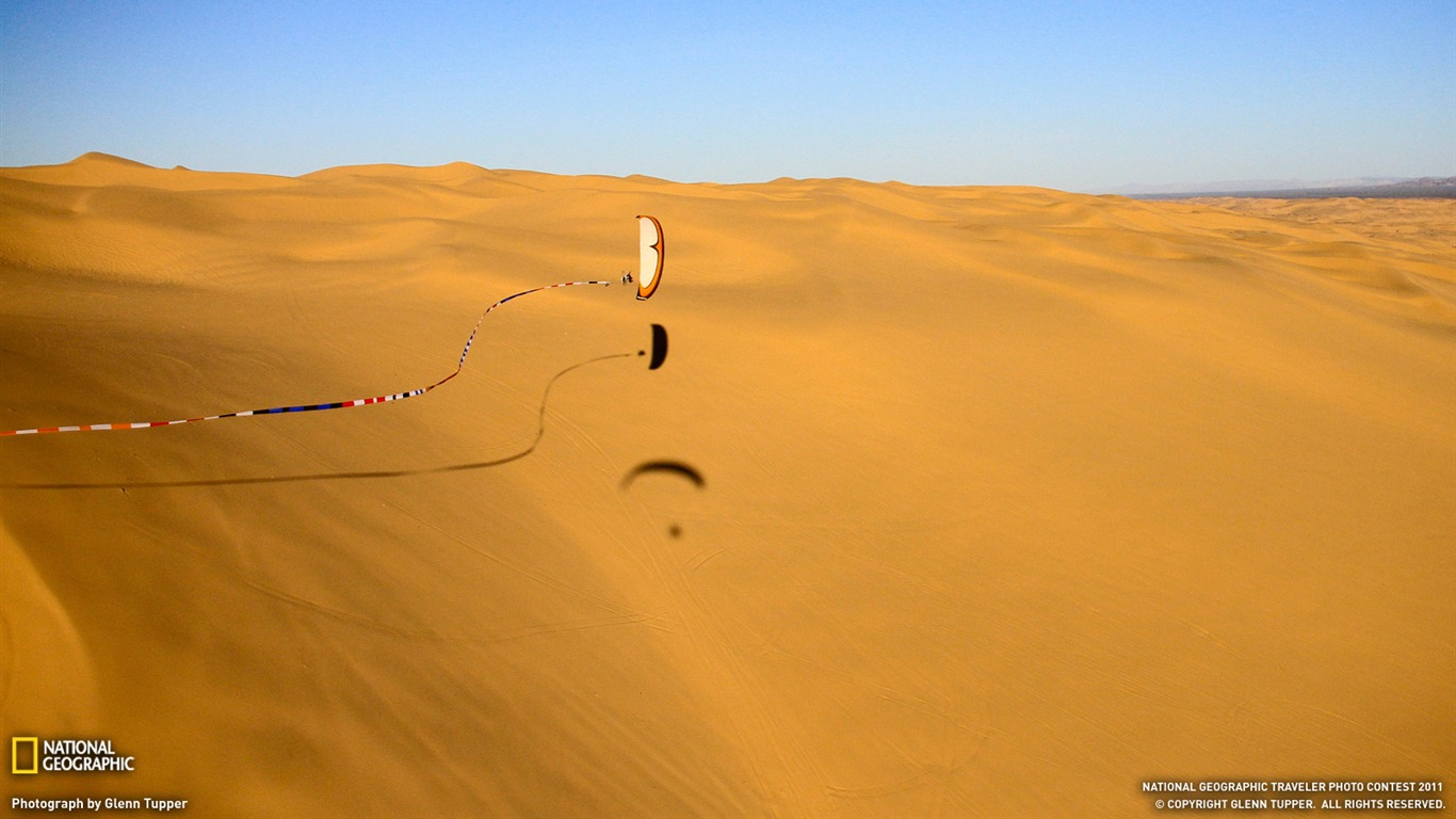 Paraglider Glamis Dunes-National Geographic Travel Photos ...