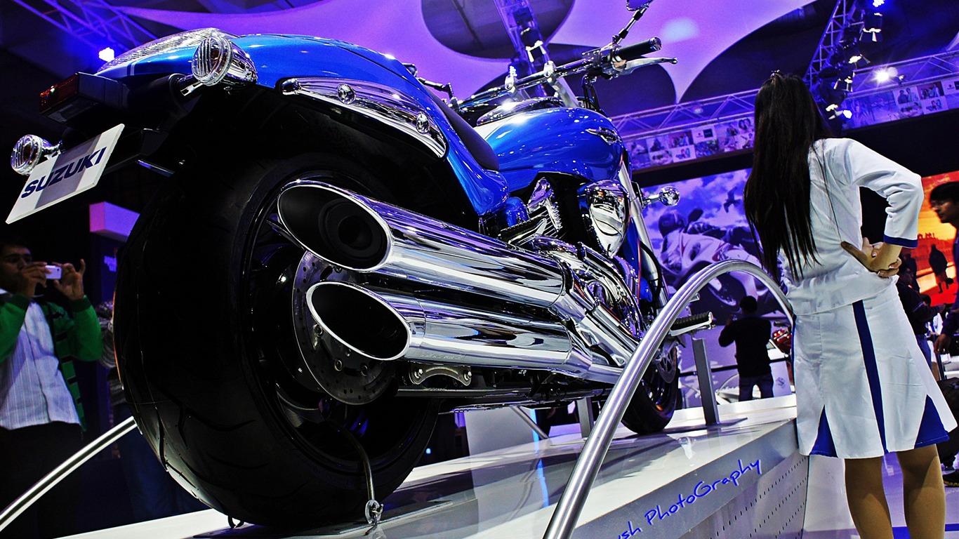 Suzuki Intruder M1800r Muy Lindo Fondo De Pantalla De La