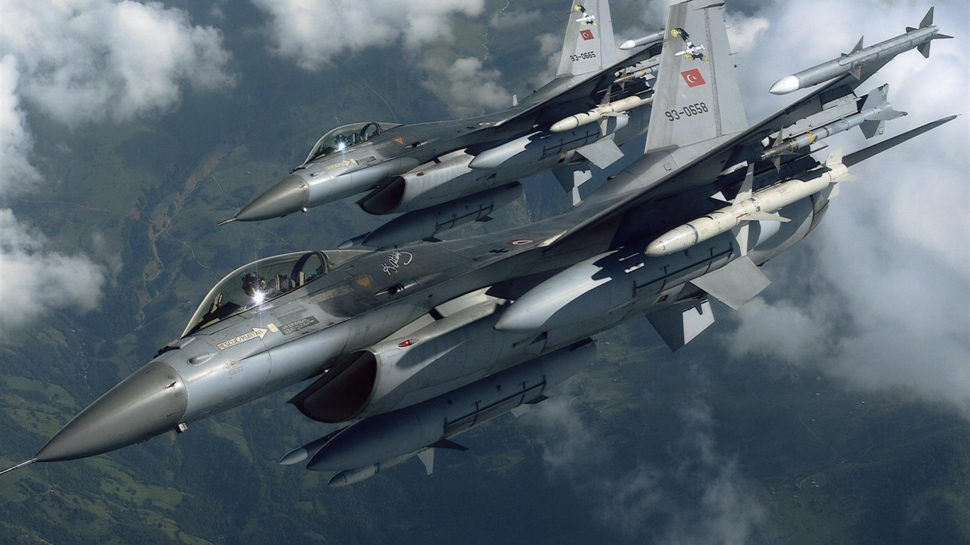 military fighter planes ~ bomba wallpaper