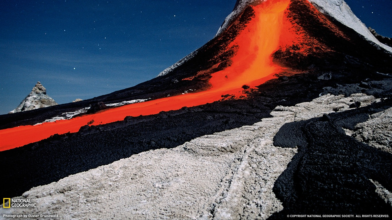 Volcano_Tanzania-National_Geographic_2011_Best_Wallpapers2012.4.7