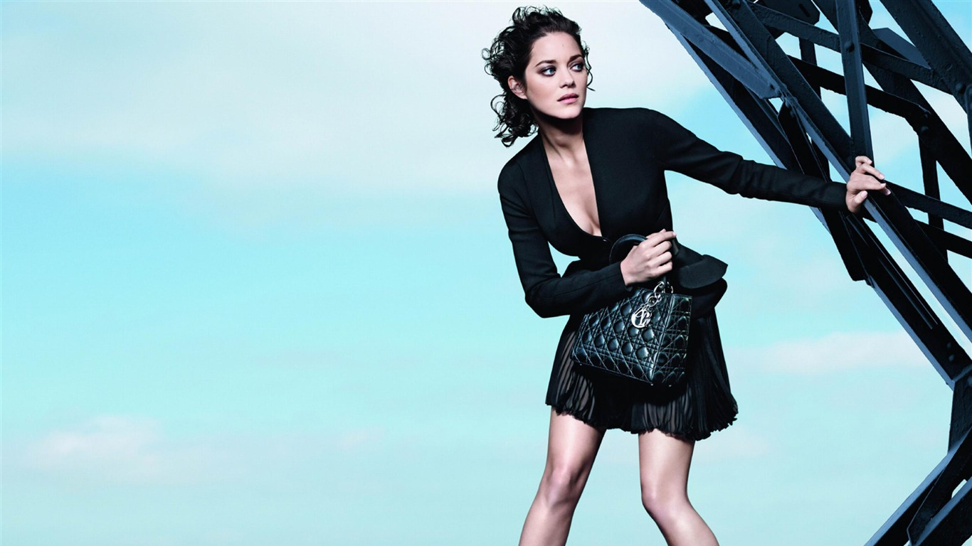 Diorディオールのモデル ブランド広告の壁紙プレビュー 10wallpaper Com