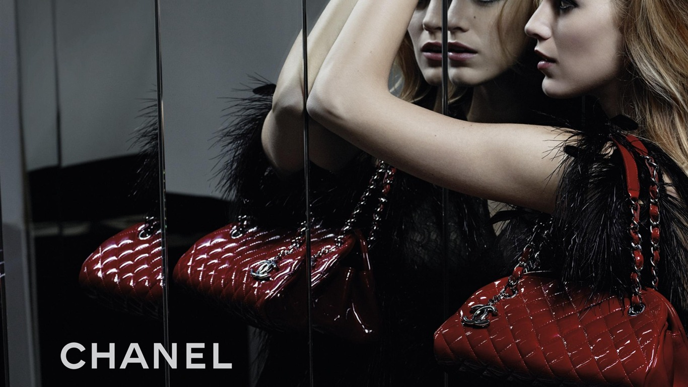 Handbag_Chanel-Brand_advertising_wallpaper2012.5.8