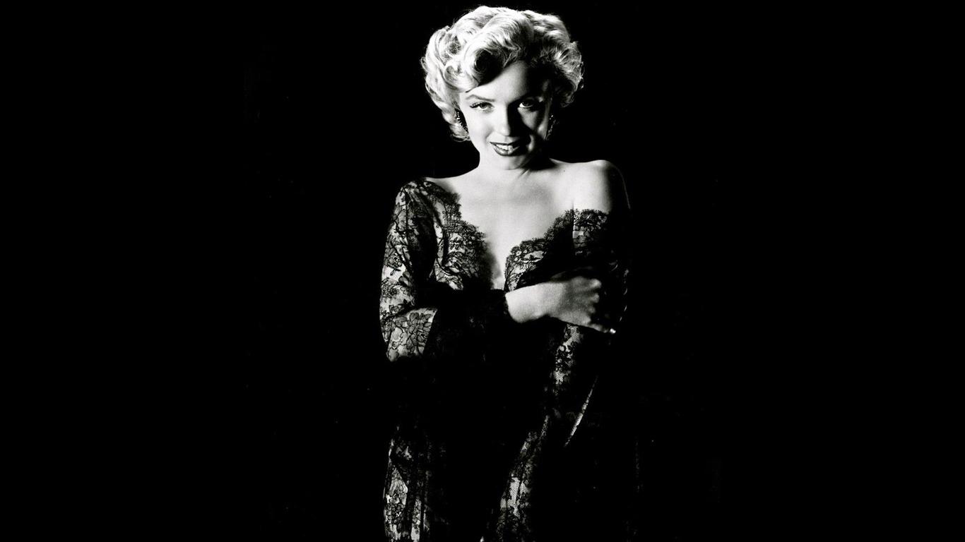 Honor of Marilyn Monroe wallpaper album