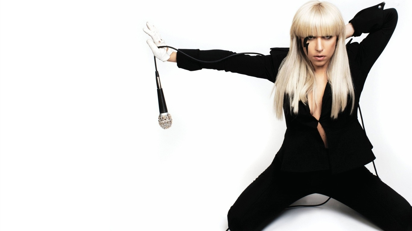 lady_gaga-music_days_after_photo_wallpaper_042012.5.26