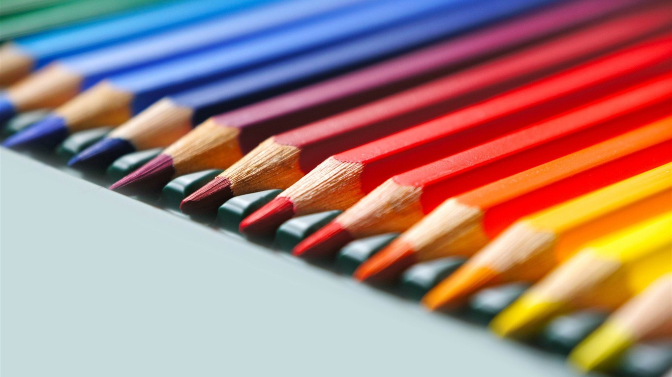 rainbow_colored_pencils-Macro_photography_wallpaper2012.6.30