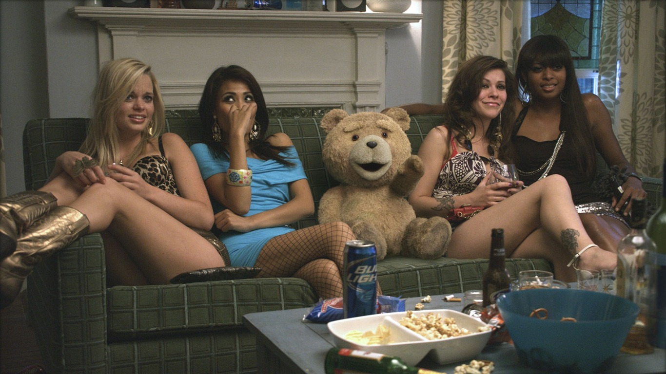 Ted_2012_Movie_HD_Wallpaper_01