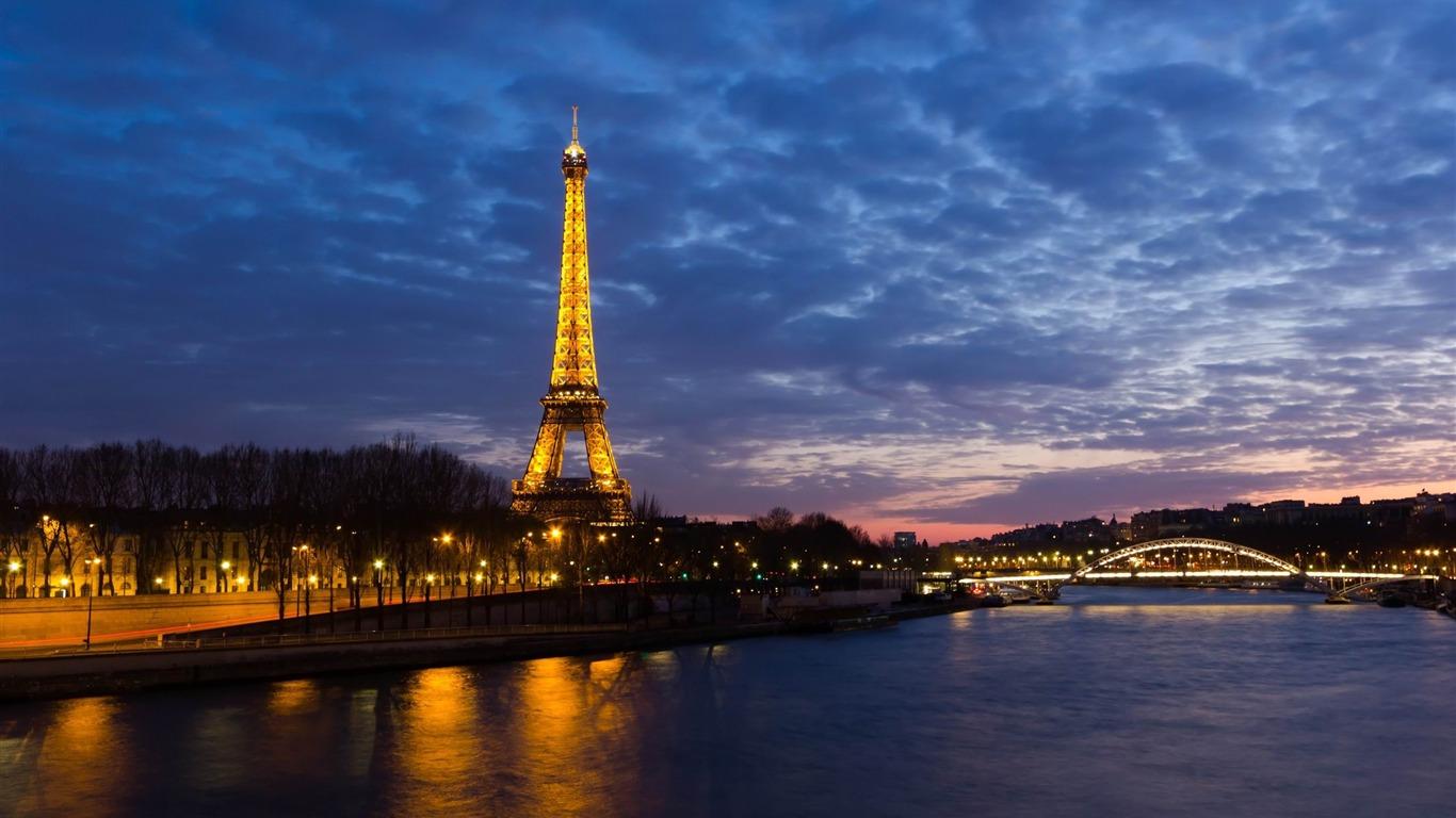 エッフェル塔パリ フランスの風景壁紙プレビュー 10wallpaper Com