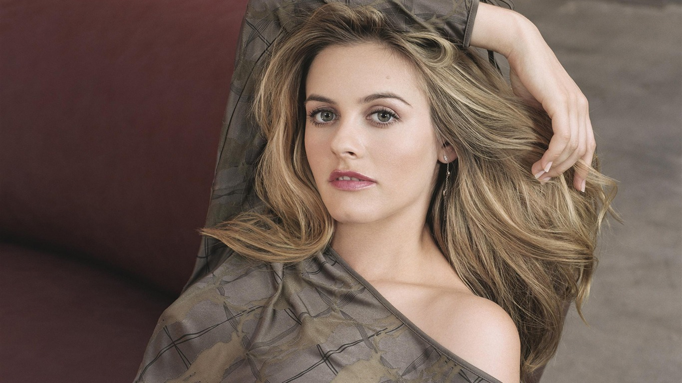 Alicia Silverstone Beauty Photo Wallpaper 20 Preview