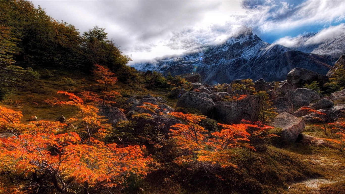 Alpine_peaks-Nature_landscape_wallpaper2012.8.14