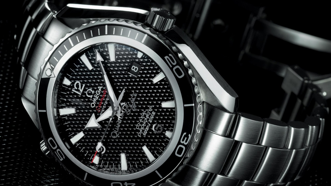 Omega-Fashion_watches_brand_advertising_Wallpaper_012013.1.26