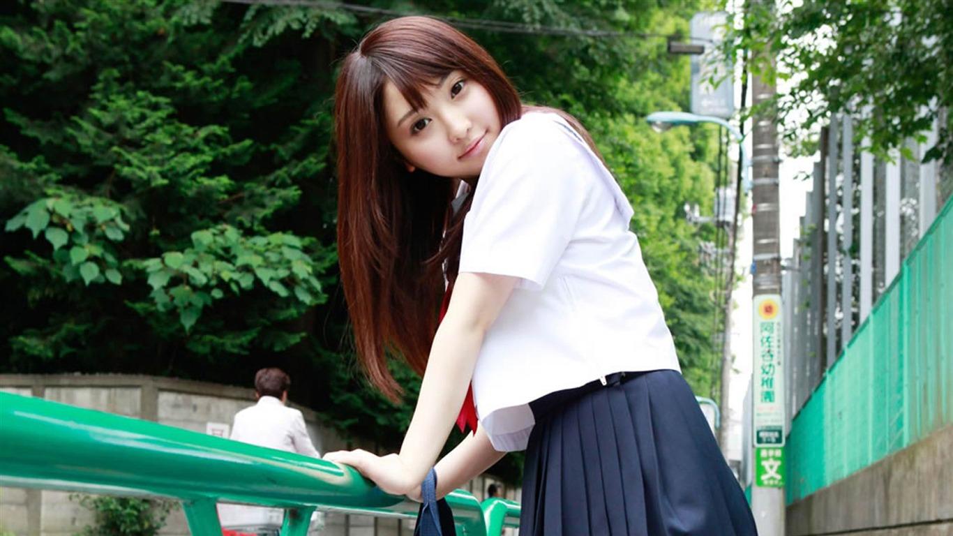 日本清纯学生妹街头随拍桌面壁纸预览 10wallpaper Com