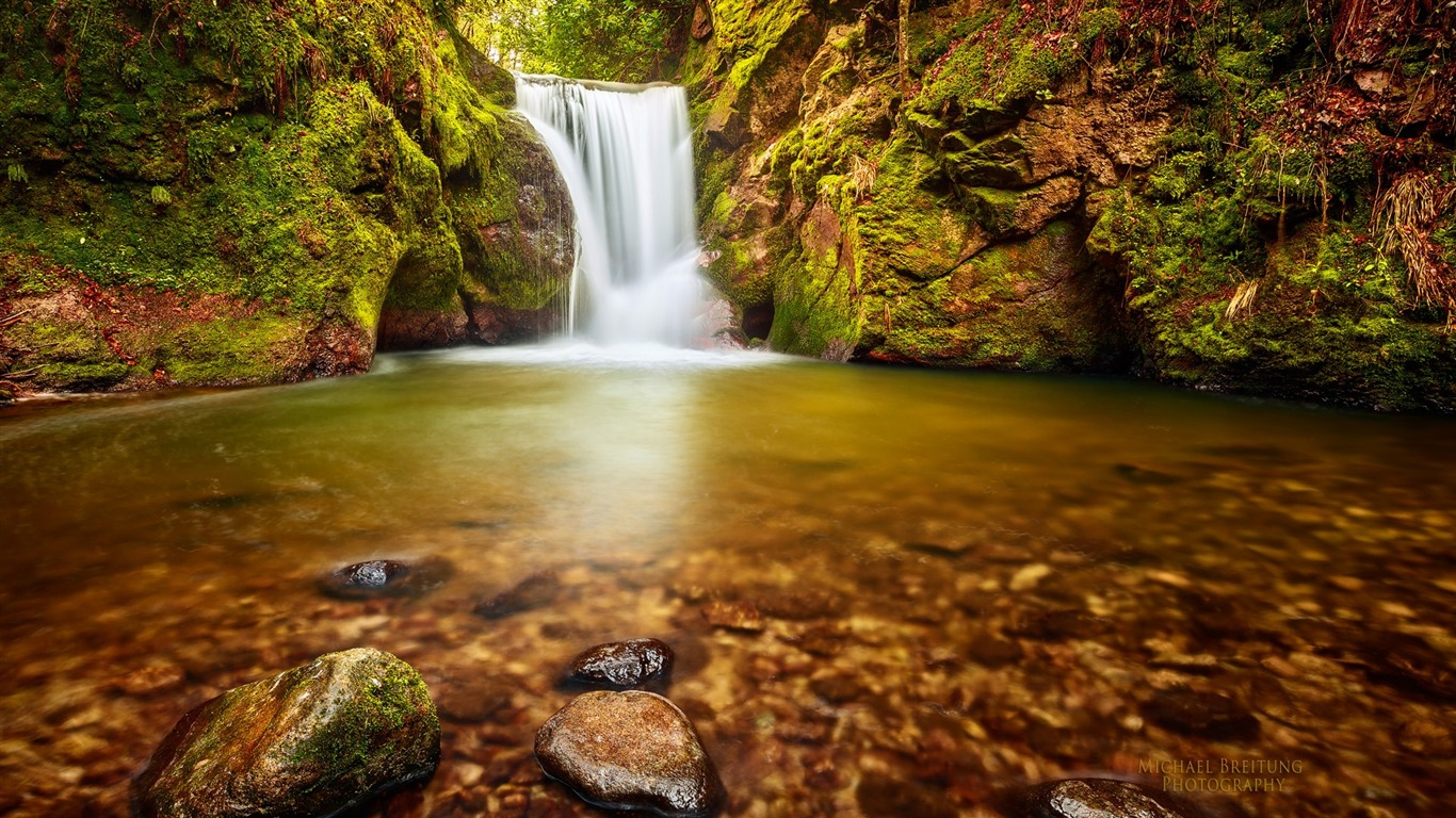 Baden_Wurttemberg_Wurttemberg_small_waterfall_desktop_Wallpaper2013.2.16