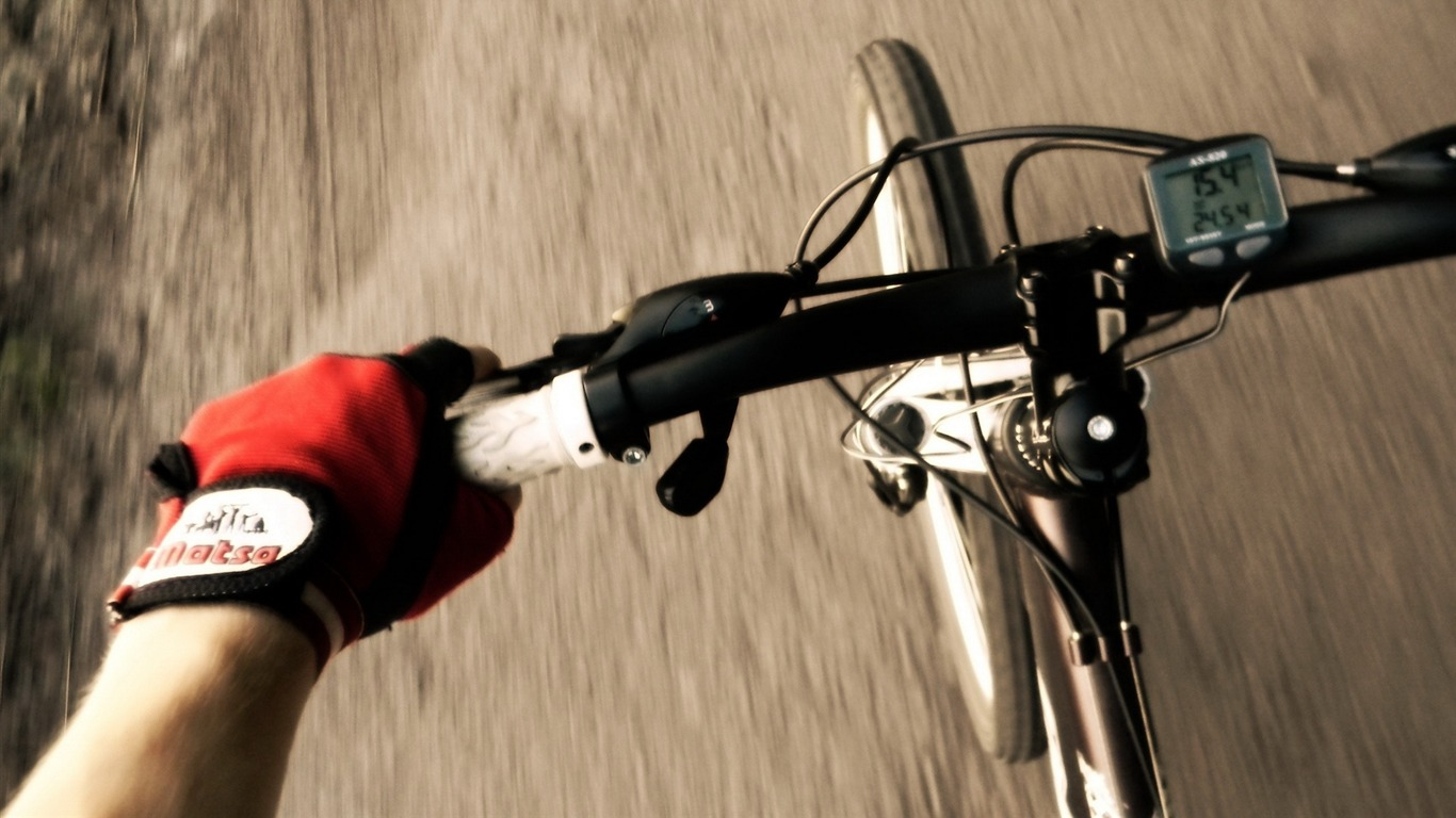 Bicycle_theme_photography_widescreen_wallpaper_032013.2.8