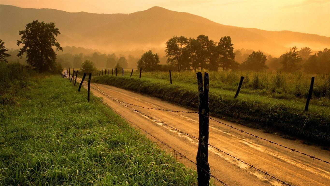 田舎の道路 自然の風景のワイドスクリーンの壁紙プレビュー