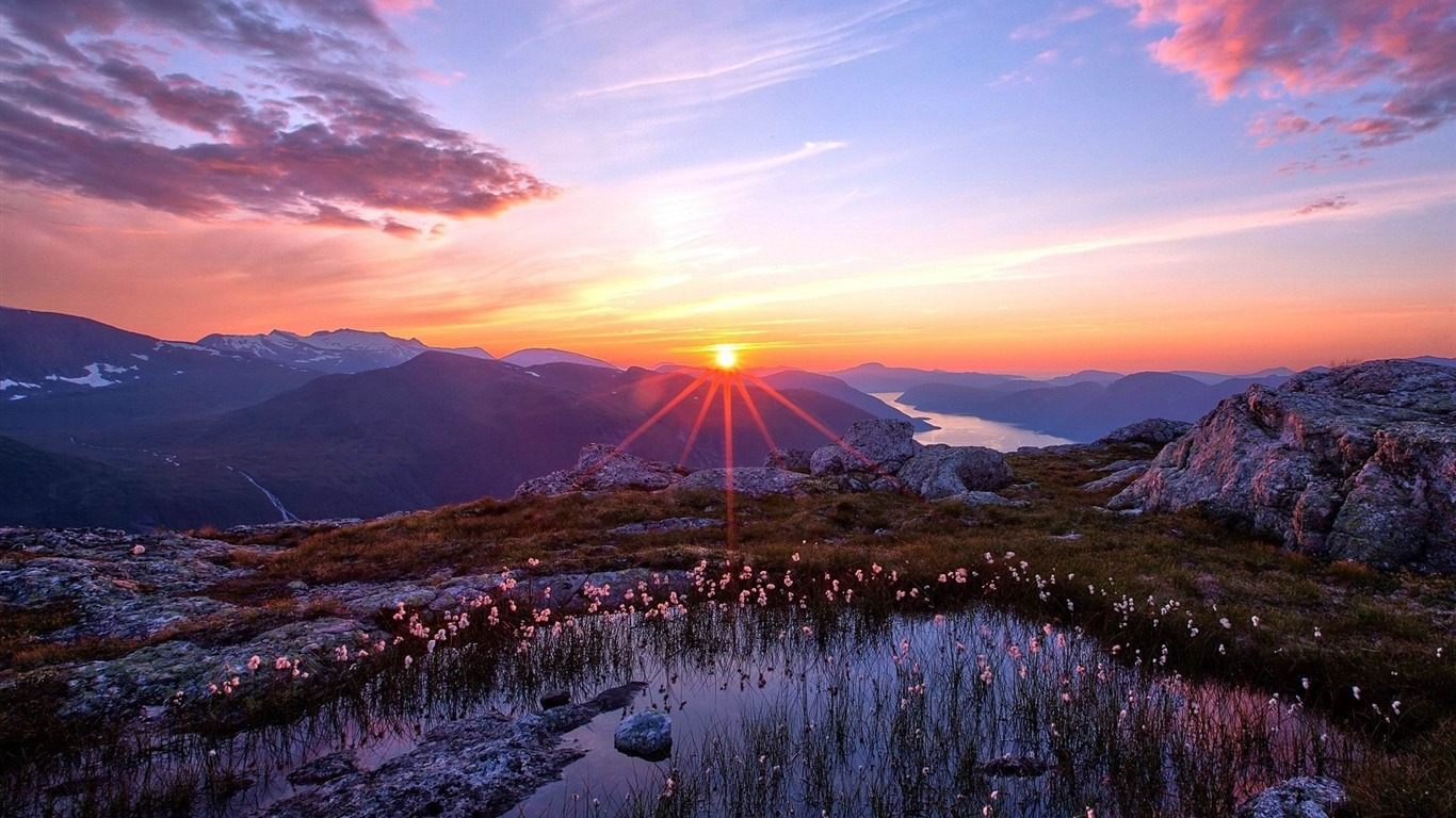 Sunset In The Mountains Natural Scenery Desktop Wallpaper Preview