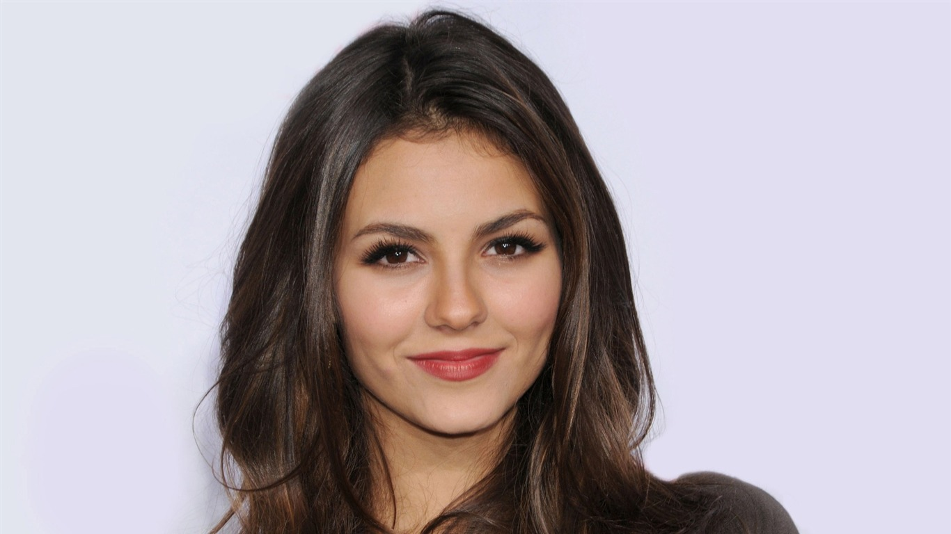 Victoria_Justice_beauty_photo_HD_wallpaper_242013.7.21