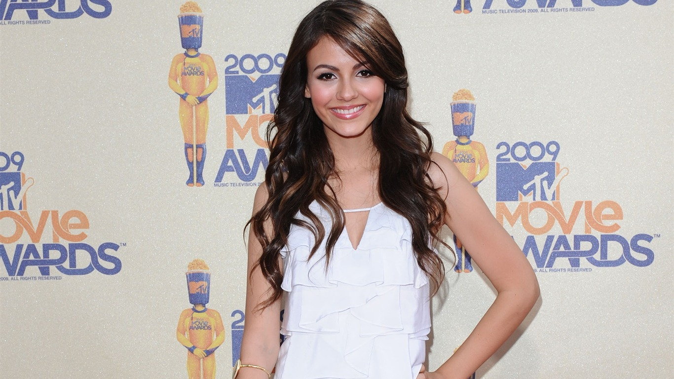 Victoria_Justice_beauty_photo_HD_wallpaper_252013.7.21