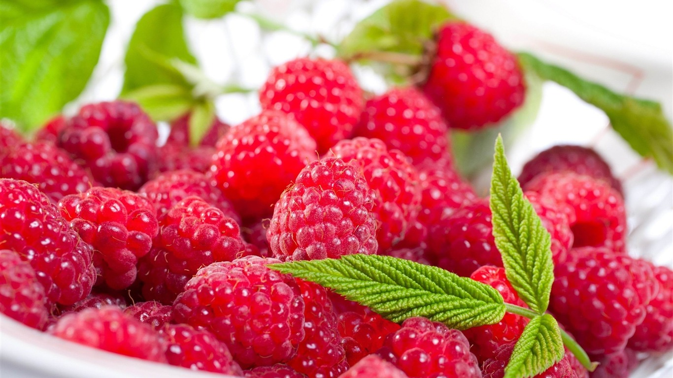 raspberry_berry_delicious-Food_HD_Wallpaper2013.9.20