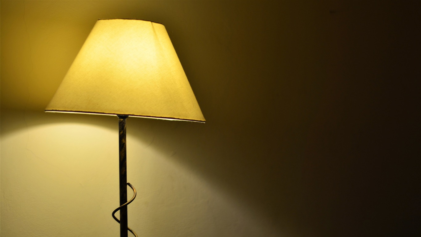 lampshade-HIGH_Quality_Wallpaper2013.10.4