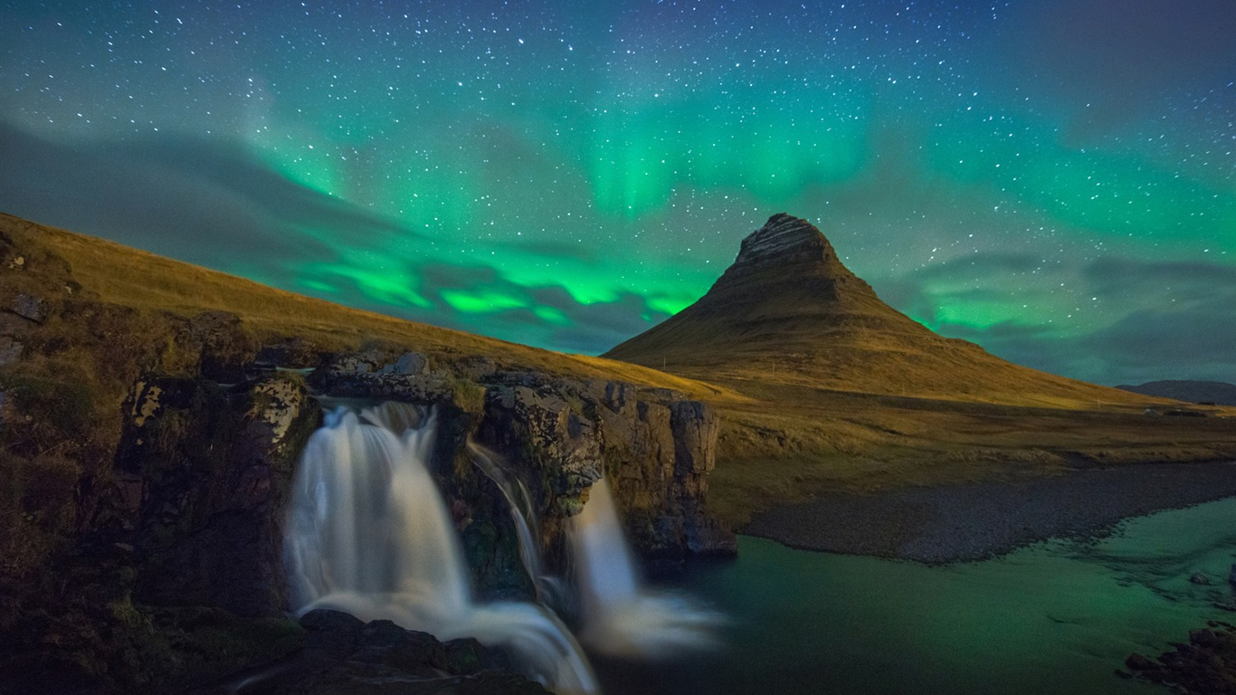 Kirkjufell At Night Iceland Windows 10 Fondo De Pantalla Hd