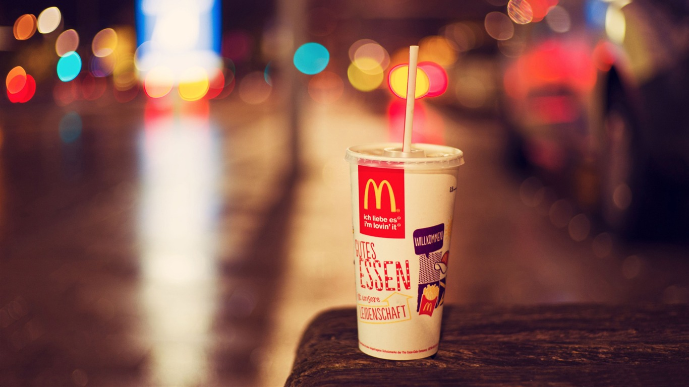 McDonalds_city_bokeh-High_Quality_Wallpaper2015.10.24