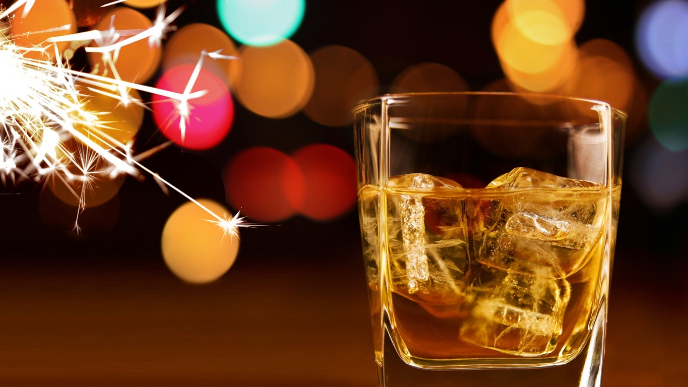 ice_whiskey_bokeh_sparkles-HD_Desktop_Wallpaper2015.12.5