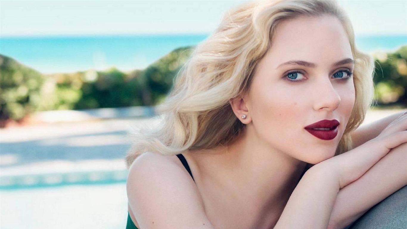 スカーレット ヨハンソン目金髪 美しさの写真のhd壁紙プレビュー