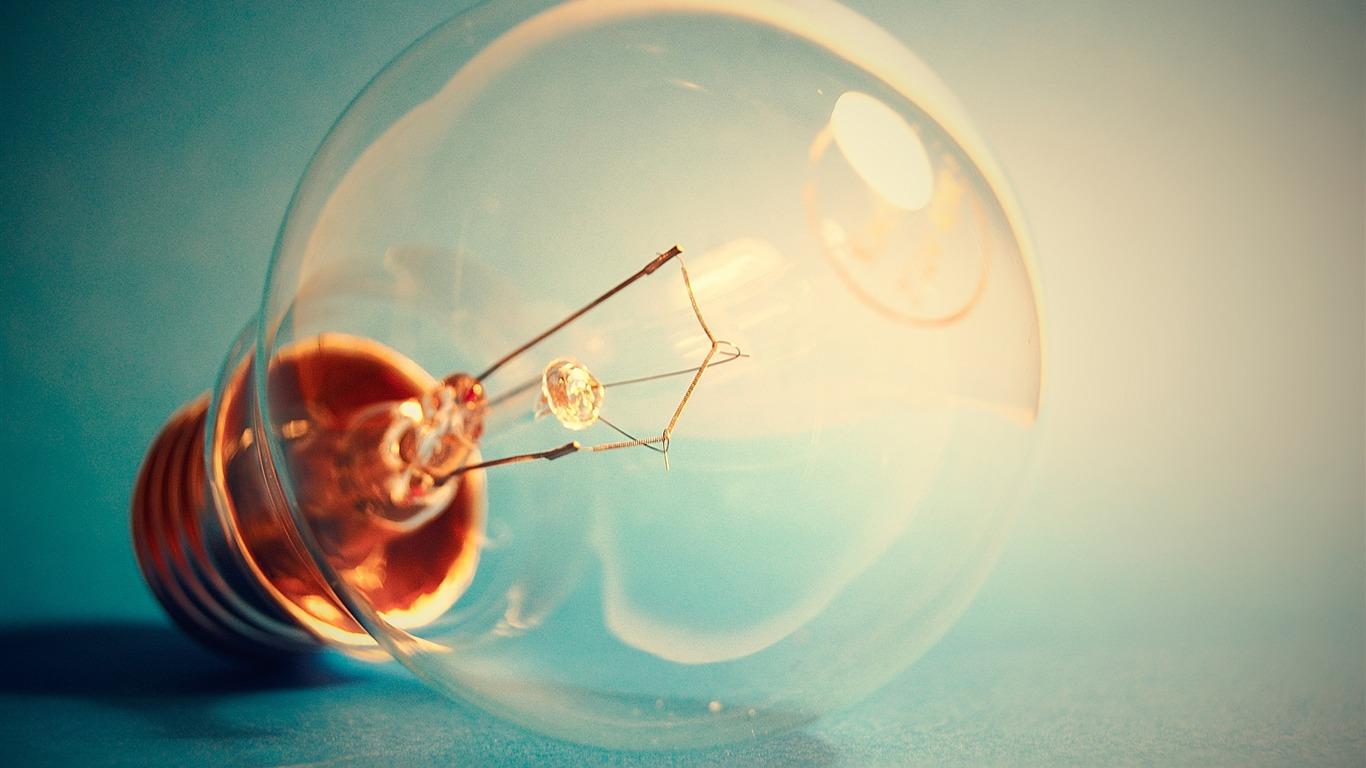 ノスタルジック電球 マクロ写真の壁紙プレビュー 10wallpaper Com