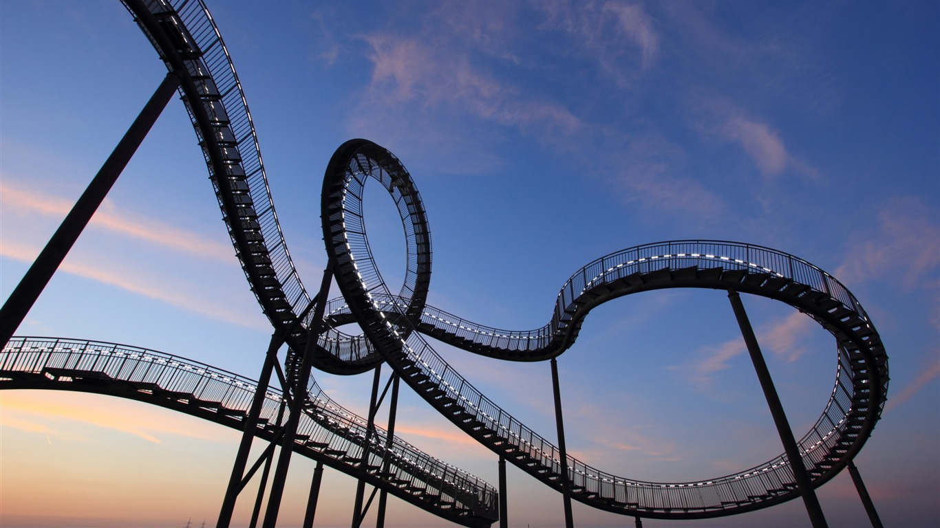 Germany_Duisburg_Roller_Coaster-2016_High_Quality_Wallpaper