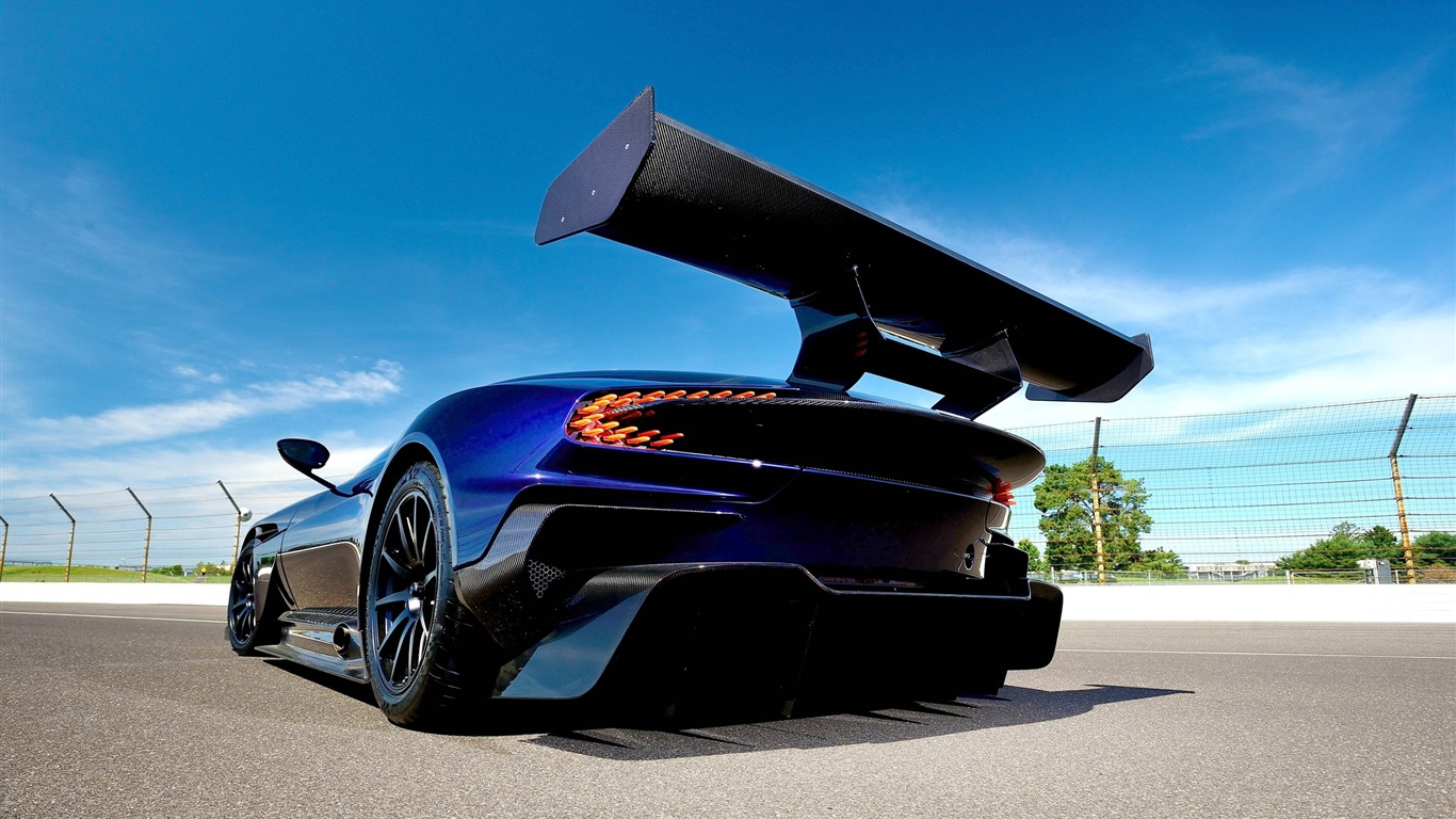 2016_Aston_Martin_Vulcan_Supercar_HD_Wallpaper_05