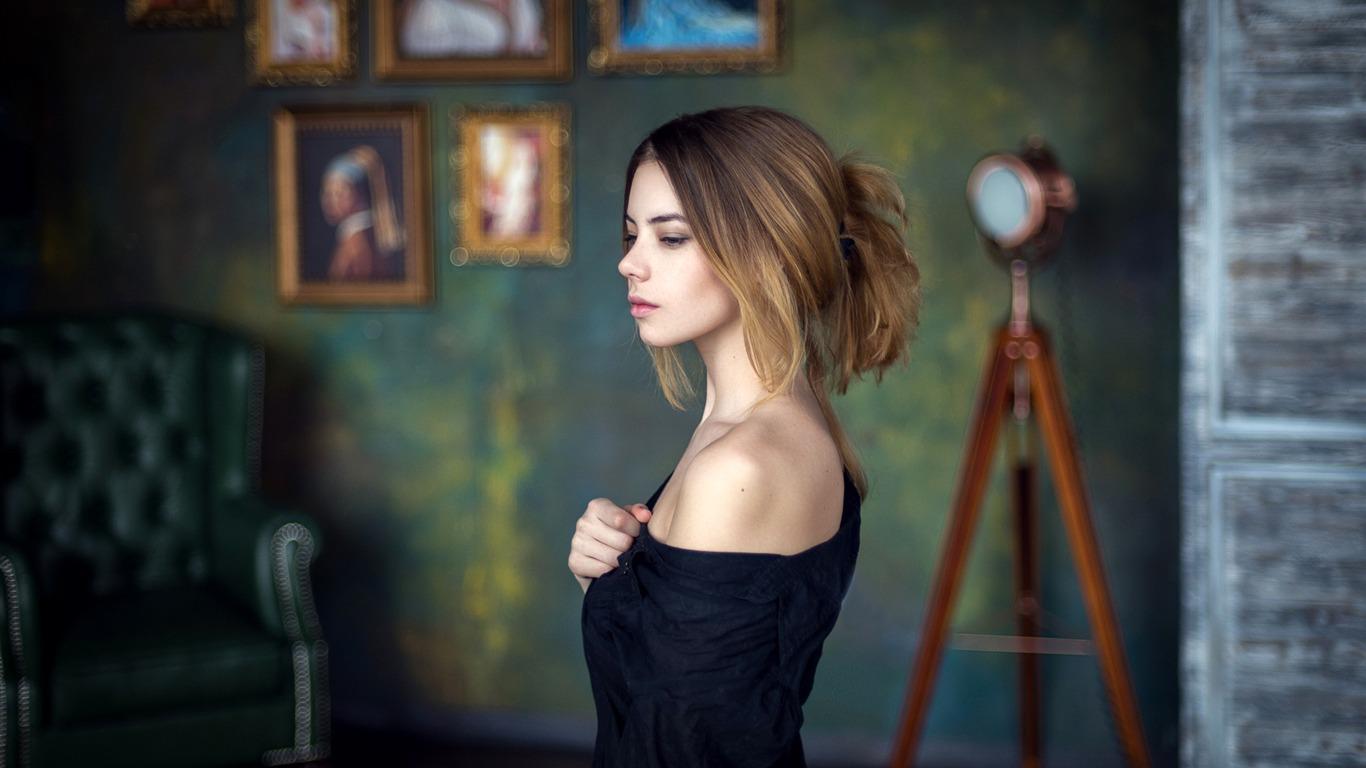 美しい女性の顔 ポスターのテーマの壁紙プレビュー 10wallpaper Com