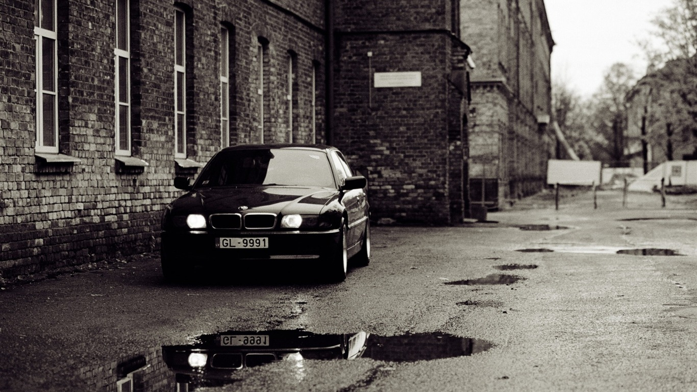 Bmw E38 Old Photography Vintage Themed Wallpaper Preview