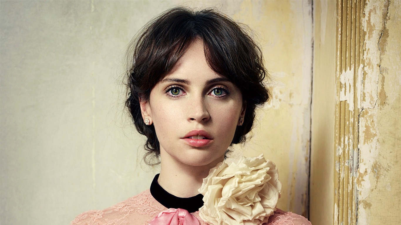 Felicity_Jones-Beauty_HD_Photo_Wallpaper2017.5.16