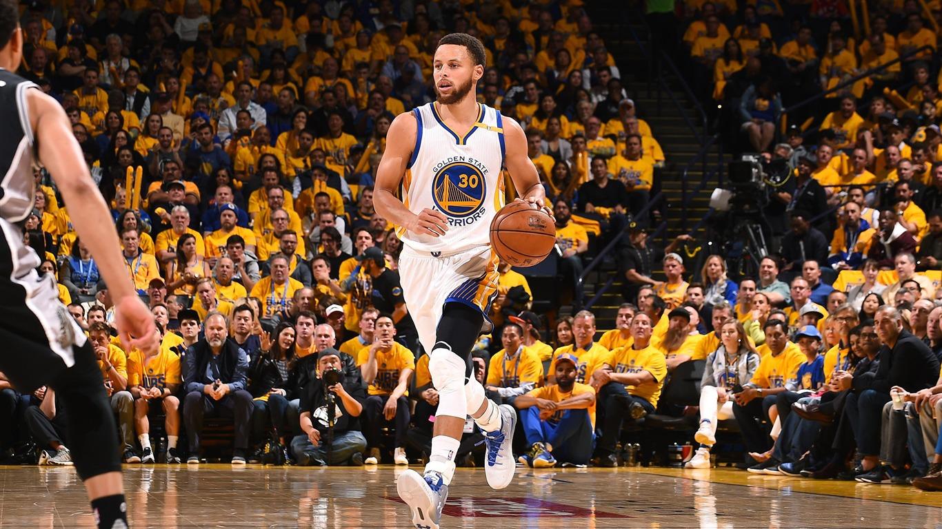 Golden State Warriors Stephen Curry 2017 Nba Poster Wallpaper